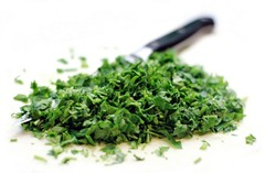 the-spice-of-life-the-16-best-herbs-to-grow-and-use-in-healthy-cooking[1]