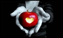 122-apple-heart-Love-romance_large[1]