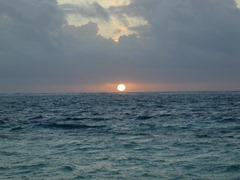 sun-on-horizon[1]