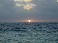 sun-on-horizon[1]